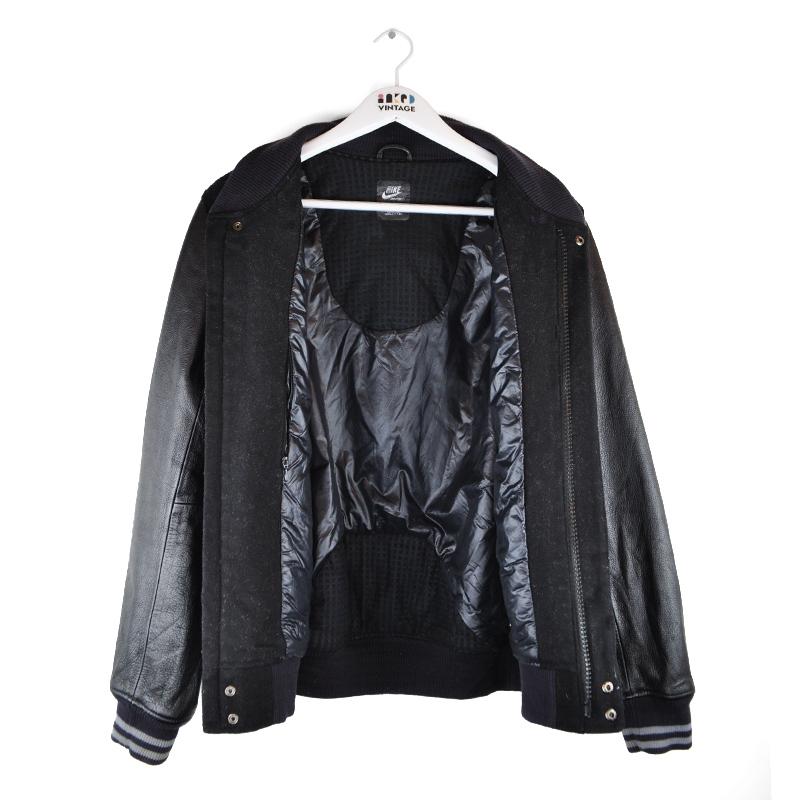 3-W5_nike-leather--inside