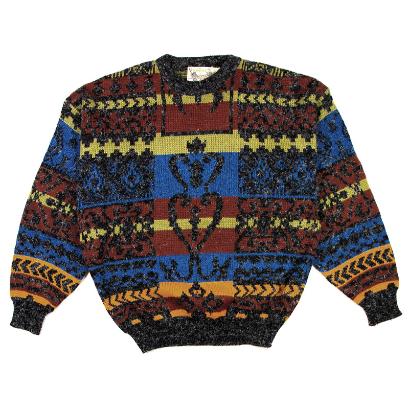 C5--busy-sweater---front