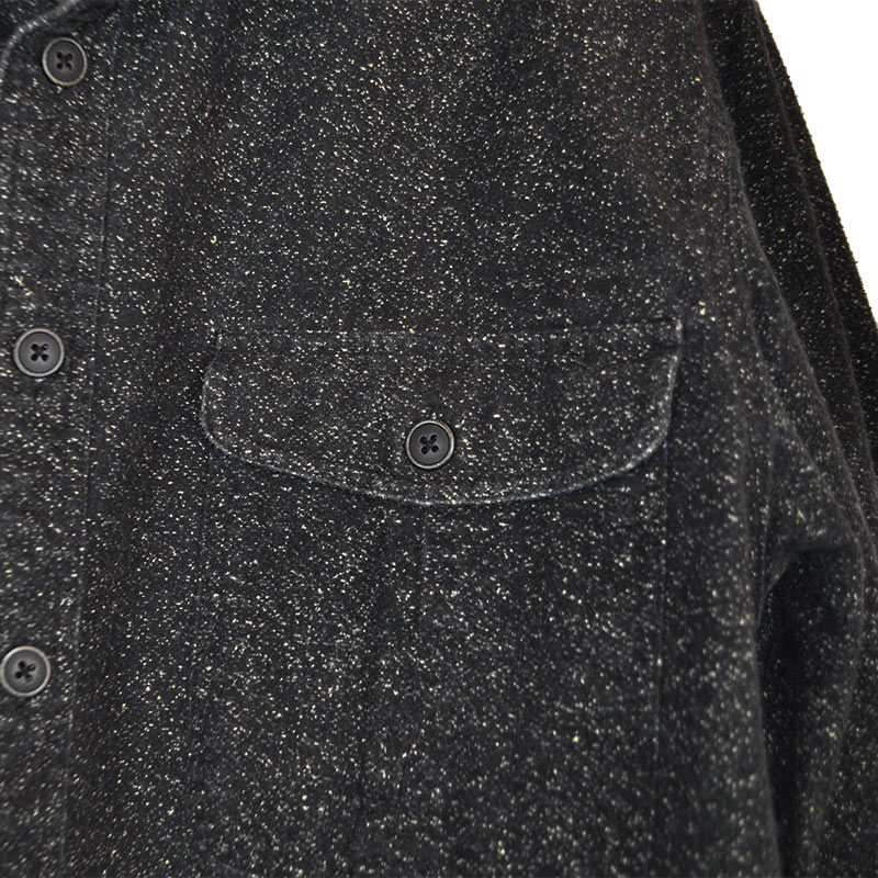 G10_charcoal-speckled-button-up_detail