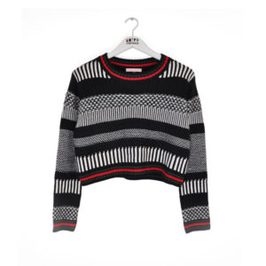 G13-bw-crop-sweater---front